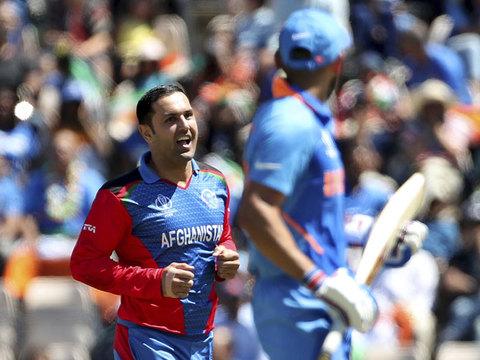 विश्व कप 2019: अफगानिस्तान के सामने नहीं चली भारतीय बल्लेबाजी, 224 पर रुकी टीम इंडिया