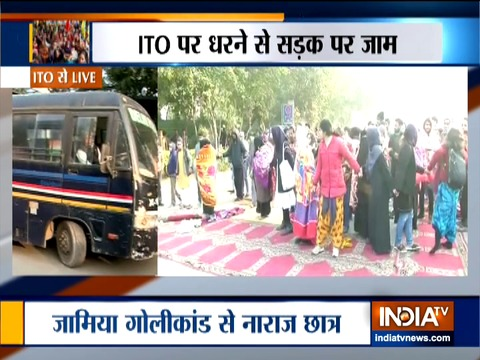 Students hold Protest outside Police Headquarters (ITO)
