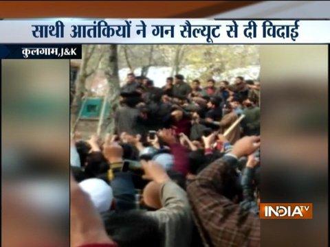 Kulgam: Militants give 'gun salute' at funeral of associate