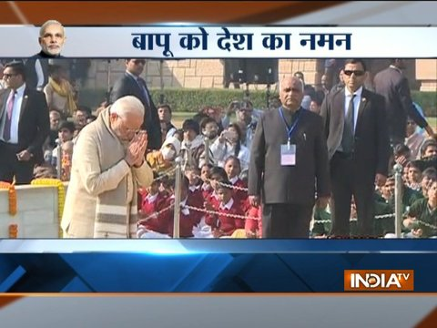 Rahul Gandhi, PM Modi and President pays tribute to Gandhiji on his 70th death anniversary
