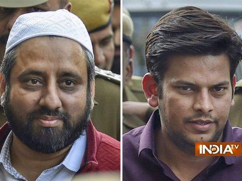 चीफ सेक्रेटरी से मारपीट: अमानतुल्लाह और प्रकाश जरवाल को 14 दिन की जेल