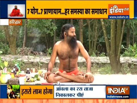 Swami Ramdev shows acupressure points to improve digestion