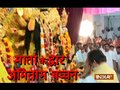Amitabh Bachchan, Jaya Bachchan with daughter Shweta Nanda attend Durga Ashtami Puja