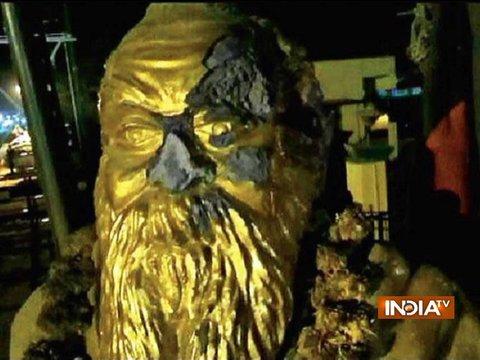 After bringing down Lenin's statue in Tripura, Periyar statue vandalised in Tamil Nadu's Vellore