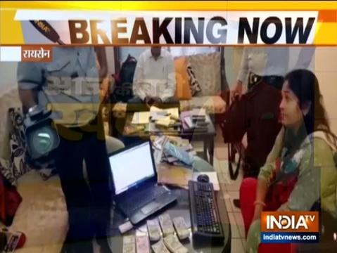 लोकायुक्त ने रायसेन में मध्य प्रदेश आबकारी विभाग के सहायक आयुक्त की संपत्ति पर मारा छापा