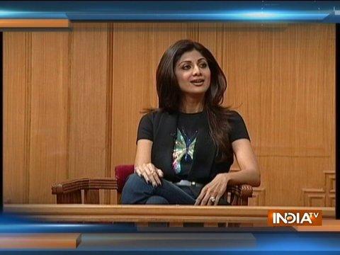 आपकी अदालत स्पेशल: शिल्पा शेट्टी के 43 वें बर्थ डे पर जानिए उनके योगा के बारे में साथ और 'R' के साथ उनके कनेक्शन
