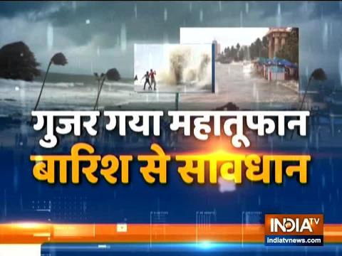 महाराष्ट्र: भारी बारिश के बाद मुंबई के कुछ हिस्सों में हुआ जल-भराव