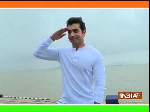 टीवी एक्टर शरद मलहोत्रा ने नौसेना के जवानों के साथ मनाया स्वतंत्रता दिवस