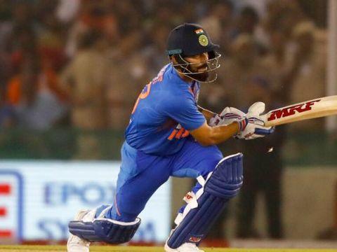 मोहाली टी-20 : डी कॉक के अर्धशतक पर कोहली की पारी ने फेरा पानी, 7 विकेट से जीता भारत