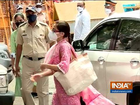 Drug case: Sara Ali Khan reaches NCB office