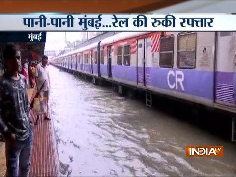 Ahmedabad-Mumbai Shatabdi Express stranded at Nala Sopara due to waterlogging on rail tracks