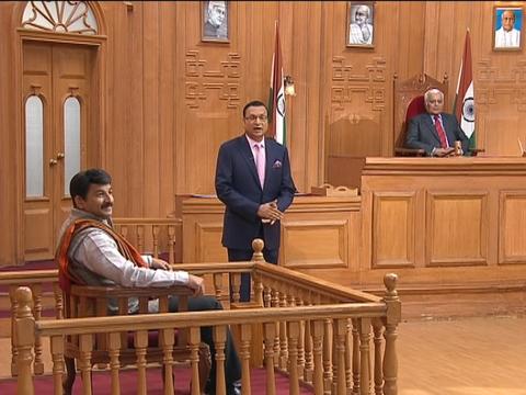 Manoj Tiwari sings Rinkiya Ke Papa in Aap Ki Adalat