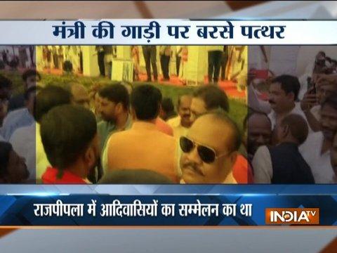 Stones hurled at Gujarat minister Ganpat Vasava's convoy