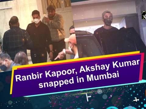 Ranbir Kapoor, Akshay Kumar snapped in Mumbai
