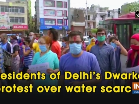 Residents of Delhi's Dwarka protest over water scarcity