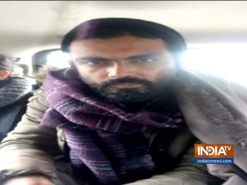 केंद्रीय मंत्री प्रकाश जावड़ेकर ने केजरीवाल पर हमला करते हुए कहा कि मोदी सरकार भारत विरोधी नारे को बर्दाश्त नहीं करेगी