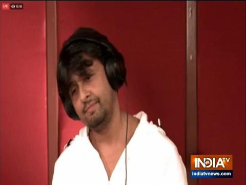 Sonu Nigam comes out in support of PM Modi's Janta curfew, goes Live with virtual concert