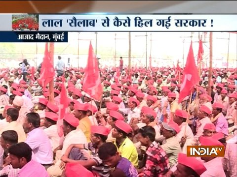 Maharashtra: Farmers gather at Mumbai's Azad Maidan