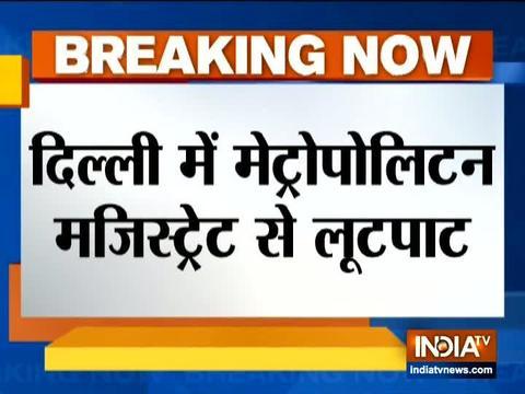 Bike-borne men snatch Metropolitan Magistrate's mobile phone at Delhi's Kamla Nagar