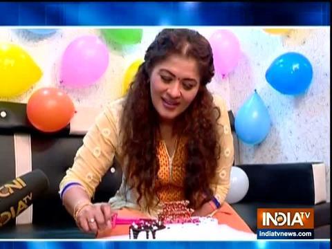 सुधा चंद्रन ने सास बहू और सस्पेंस के साथ मनाया जन्मदिन