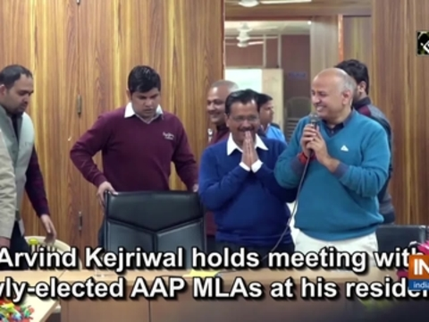 Arvind Kejriwal holds meeting with newly-elected AAP MLAs at his residence