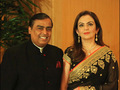 Reliance's Mukesh Ambani earned Rs 300 crore per day over last one year