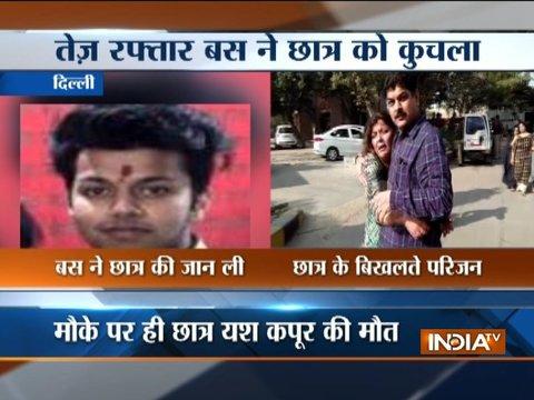 Bus mows down 16-year-old boy in Delhi