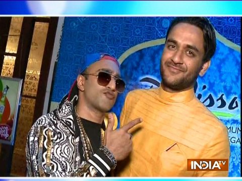 Vikas Gupta throws a lavish party for friends