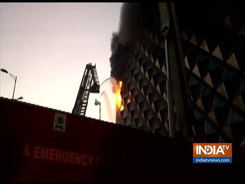 Fire breaks out in Raghuveer Market in Surat
