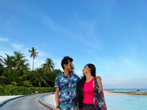 IND vs ENG : टी20 सीरीज से पहले मालदीव्स में हनीमून मनाने पत्नी धनश्री संग पहुंचे युजवेंद्र चहल