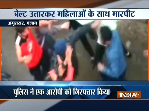 Goons assault women on road in Amritsar