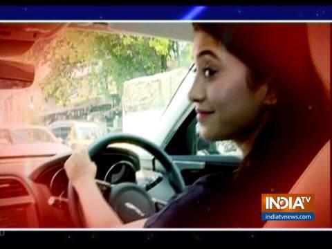 'यह रिश्ता क्या कहलाता है' फेम एक्ट्रेस शिवांगी जोशी ने खरीदी लग्जरी कार
