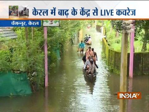 केरल में बाढ़ की विनाशलीला जारी