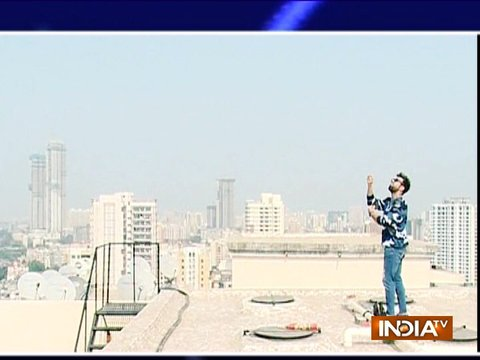 Catch Rithvik Dhanjani flying kite on Makar Sakranti