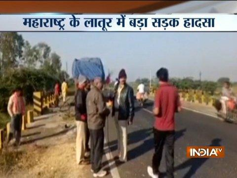 7 dead, 13 injured in an accident at Latur-Nanded highway