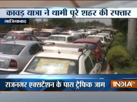 Kanwar Yatra: Heavy traffic jam despite road diversions in Ghaziabad