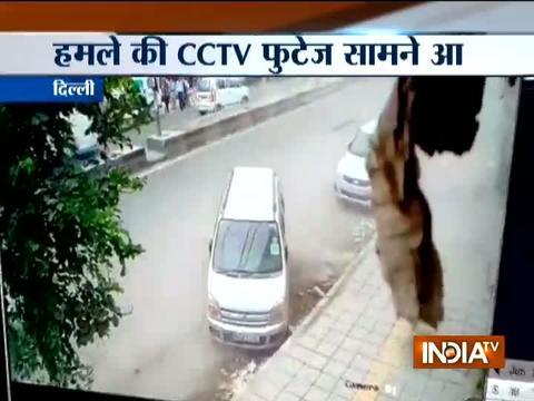 दिल्ली: बुराड़ी के संतनगर इलाके में दिनदहाड़े चलीं गोलियां, 3 लोगों की मौत