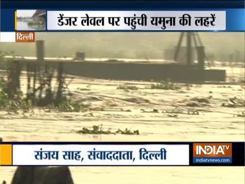 दिल्ली में यमुना का जलस्तर बढ़ा, बाढ़ की चेतावनी जारी