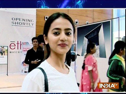 Helly Shah does New Year shopping with SBAS