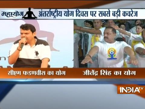 Devendra Fadnavis, Manoj Tiwari, Raman Singh perform yoga on International Yoga Day