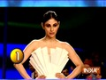 Watch Mouni Roy and Krystle D'Souza's ramp walk