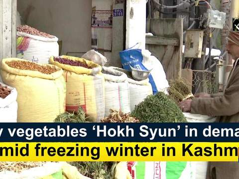Dry vegetables 'Hokh Syun' in demand amid freezing winter in Kashmir