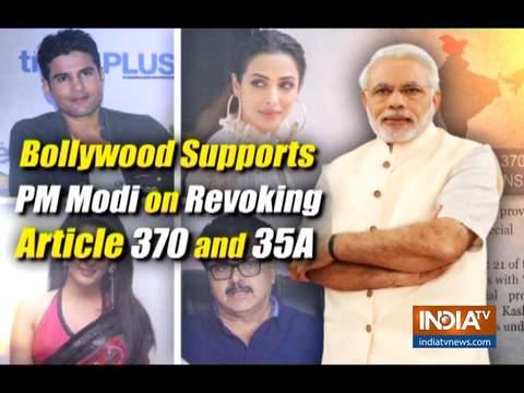 बॉलीवुड सेलिब्रिटीज ने कश्मीर में आर्टिकल 370 हटाने पर किया मोदी सरकार का समर्थन