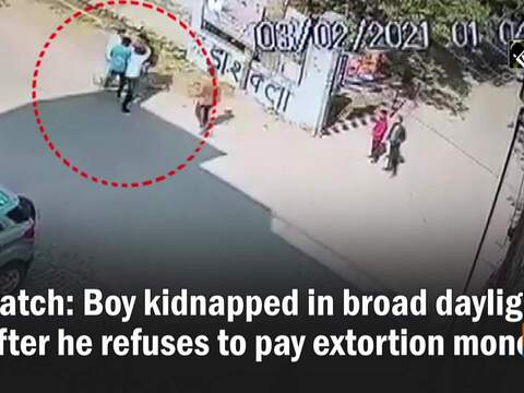 Watch: Boy kidnapped in broad daylight after he refuses to pay extortion money
