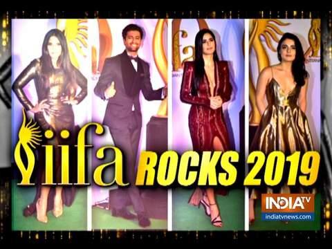 IIFA Rock 2019 मुंबई में आयोजित किया गया, जहां कई बॉलीवुड सितारे पहुंचे