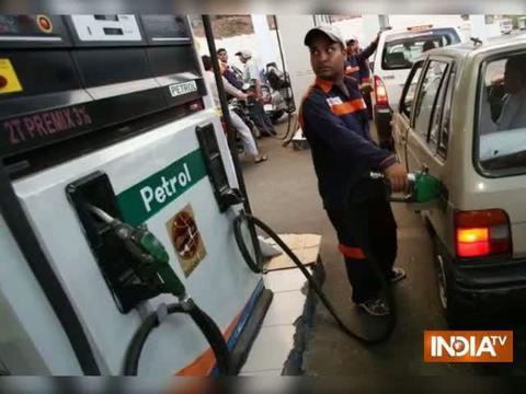 Petrol now cheaper in Noida, Ghaziabad, gurugram compare to Delhi