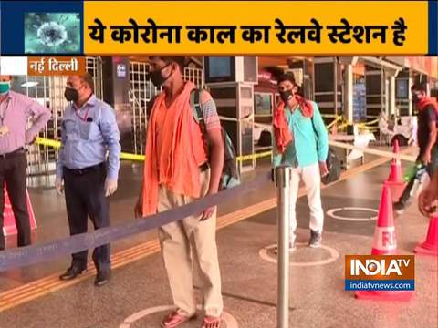 कोरोना का असर: जानिए नई दिल्ली रेलवे स्टेशन पर अब यात्रियों को किन प्रक्रियाओं से गुज़ारना पड़ रहा है?