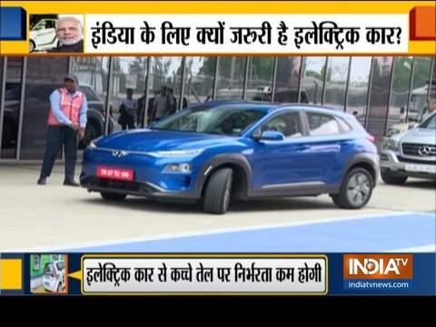 स्पेशल रिपोर्ट: देश में जल्द ही सड़कों पर दौड़ेंगी इलेक्ट्रिक कारें