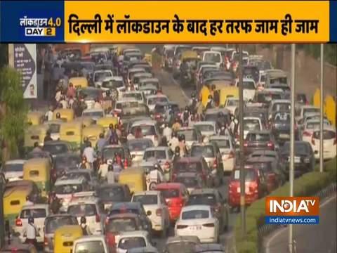 लॉकडाउन 4.0: दिल्ली में आईटीओ और यमुना ब्रिज क्षेत्र में भारी यातायात भीड़ देखी गई
