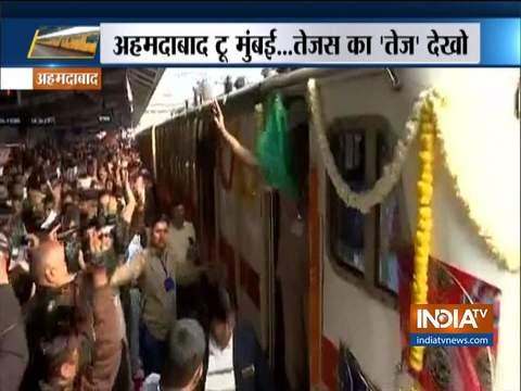 दूसरी प्राइवेट ट्रेन अहमदाबाद-मुंबई तेजस एक्सप्रेस का शुभारंभ